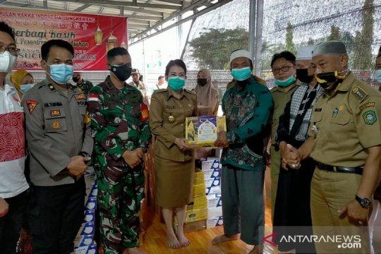 127 masjid-ponpes di Kota Singkawang mendapat bantuan Ramadhan