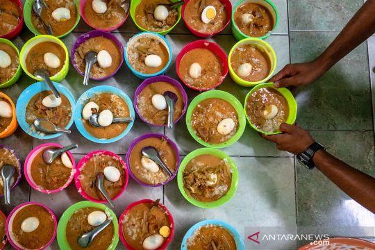 Bubur khas India jadi menu buka puasa di Kampung Pekojan