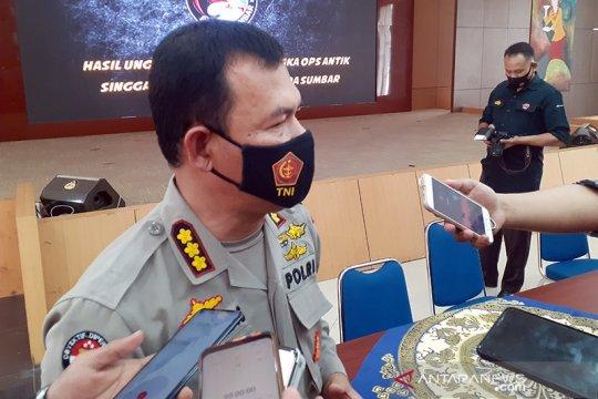 Polda Sumbar melengkapi berkas kasus DPO judi tewas ditembak polisi