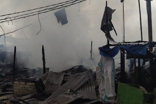 22 los di pasar Youtefa Abepura ludes terbakar