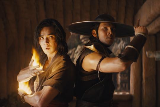 "Kemarin, ulasan film ""Mortal Kombat"" hingga ponsel vivo meledak"