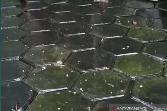 BMKG: Hujan es di Bekasi karena perkembangan cepat awan cumulonimbus