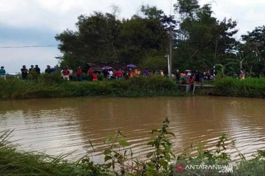 Dua anak ditemukan tewas tenggelam di embung