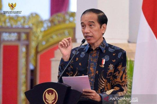 Kemarin, Jokowi buka IIMS 2021 hingga pasien COVID-19 berpuasa