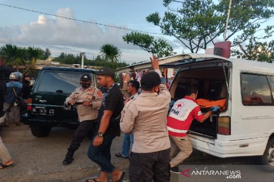 Polisi evakuasi mayat mengapung dan anak tenggelam di Banda Aceh