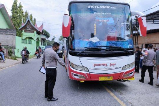 Kecelakaan Bus Gumarang Jaya tewaskan tiga siswa SD