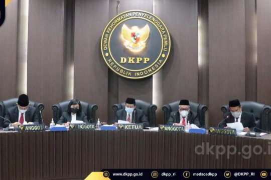 DKPP pecat Anggota KPU Boyolali dan Anggota Bawaslu Parigi Moutong