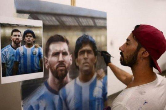 Seniman Argentina ini hanya lukis Maradona setelah sang legenda wafat
