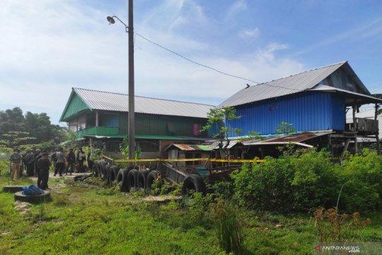 Polisi sterilkan rumah seorang terduga teroris di Makassar