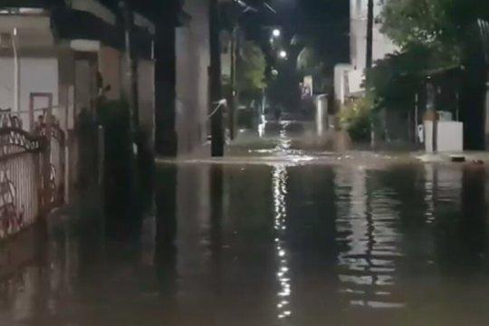 Banjir kembali landa puluhan rumah di Cipinang Melayu