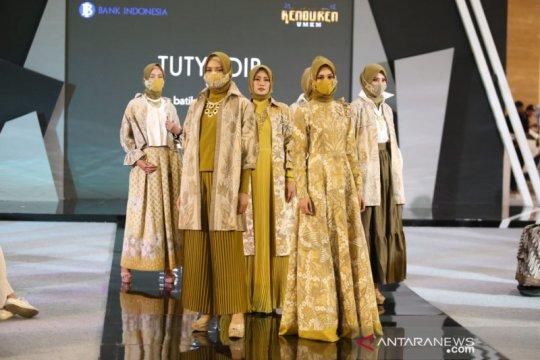 """Batik tulis """"ready to wear"""" hiasi panggung MUFFEST 2021"""