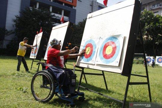 Atlet Panahan NPC Jateng  tetap berlatih saat puasa