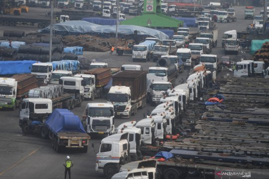 Surplus neraca perdagangan RI bantu penerimaan negara
