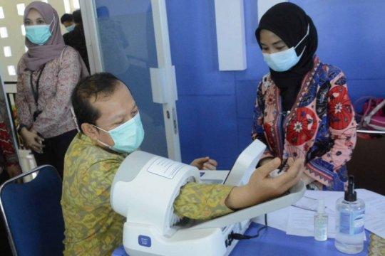 Anggota DPR: Vaksinasi COVID-19 disertai prokes ketat