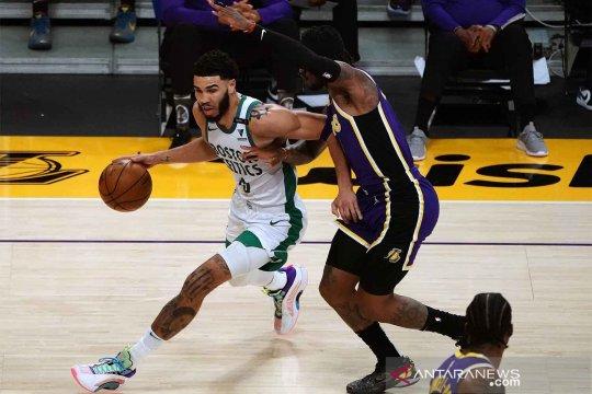 Jayson Tatum cetak 60 poin saat Celtics tundukkan Spurs lewat OT
