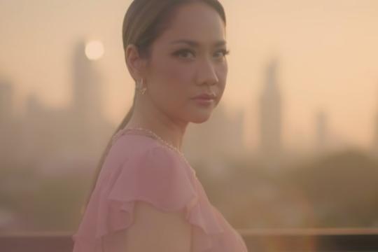 """BCL tampil emosional di video musik """"Selamanya Cinta"""""""