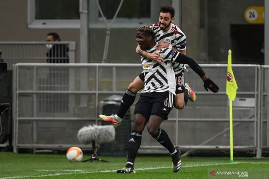 Paul Pogba: Bruno Fernandes bisa melakukan segalanya, kecuali bertahan