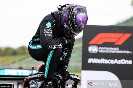 Hamilton raih pole position ke-99 dalam karier pada GP Emilia Romagna