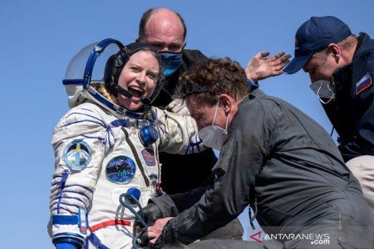 Soyuz MS-17 bawa kru International Space Station kembali ke bumi