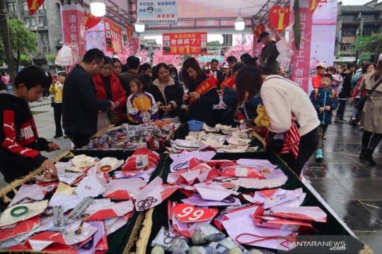 Ekonomi China tumbuh 18,3 persen pada kuartal pertama