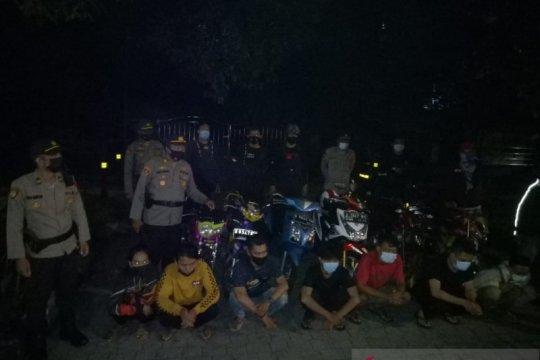 Polisi tindak pelaku balap liar di wilayah Tanjung Duren