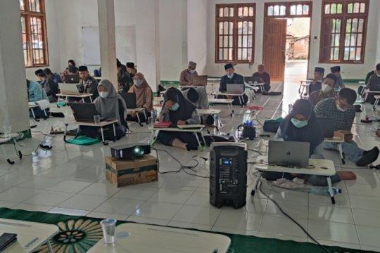 831 pondok pesantren di Banten percepat digitalisasi pendidikan