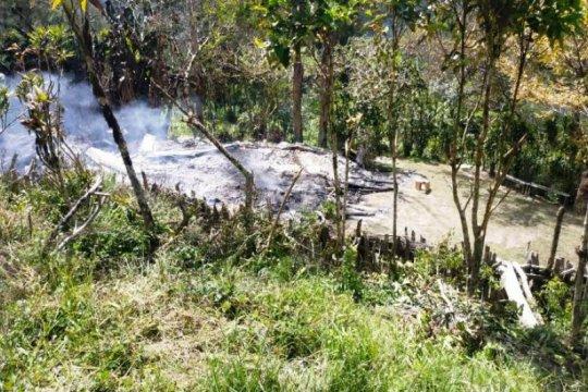 Kasatgas Humas Nemangkawi: KKB Beoga bakar honai dan 3 rumah guru