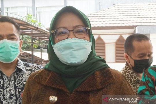 Ade Yasin bangga Bogor ekspor 16 kontainer zeolite Ke Bangladesh