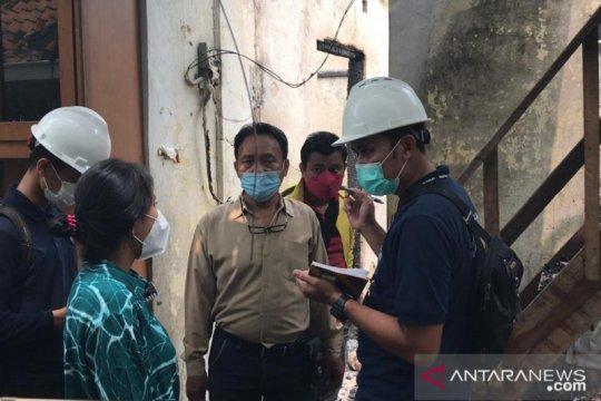 Polisi olah TKP kebakaran di Taman Sari