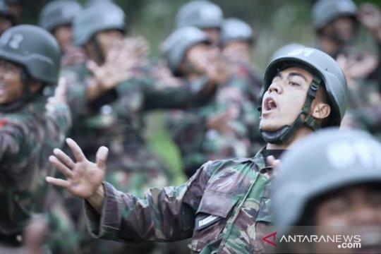Mantan kuli Markas Besar TNI AD ketua kelas di pendidikan Secata