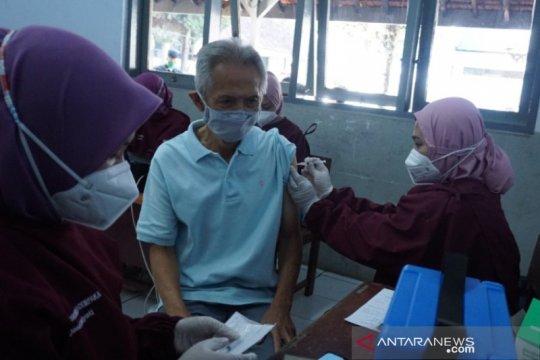 Pekanbaru prioritaskan vaksinasi COVID-19 kepada lansia