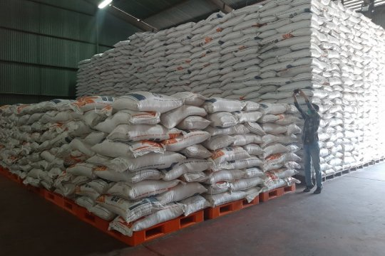 Menjaga pasokan beras hingga ke perbatasan Laut China Selatan