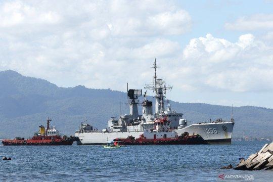 Pencarian kapal selam KRI Nanggala-402 masih nihil