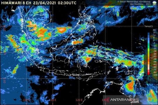 Potensi hujan sedang hingga lebat dapat terjadi di sejumlah wilayah