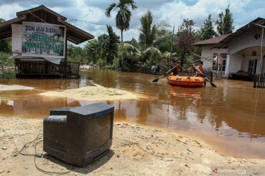 Banjir melanda tiga daerah di Riau