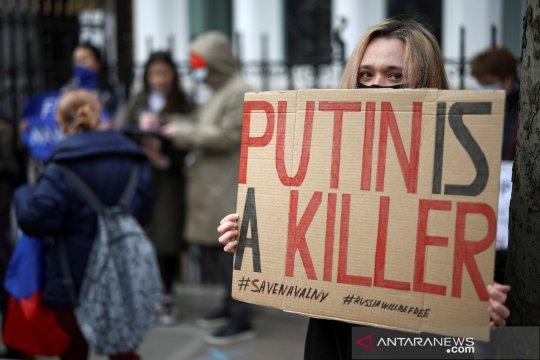 """Putin puas dengan alasan Biden yang menyebutnya """"pembunuh"""""""