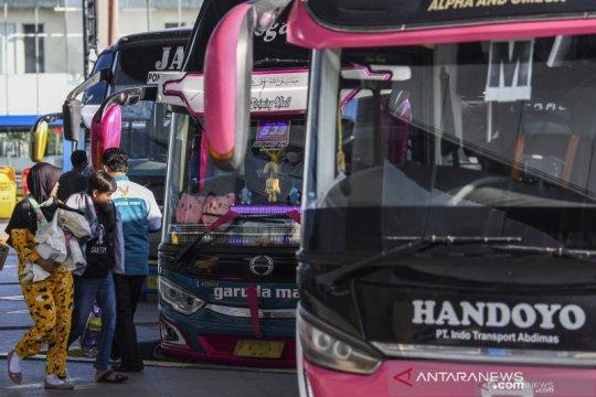 Bus AKAP selama larangan mudik hanya ada di Pulogebang dan Kalideres