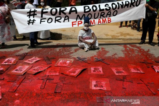 Presiden Bolsonaro: AS akan segera kirim vaksin ke Brazil