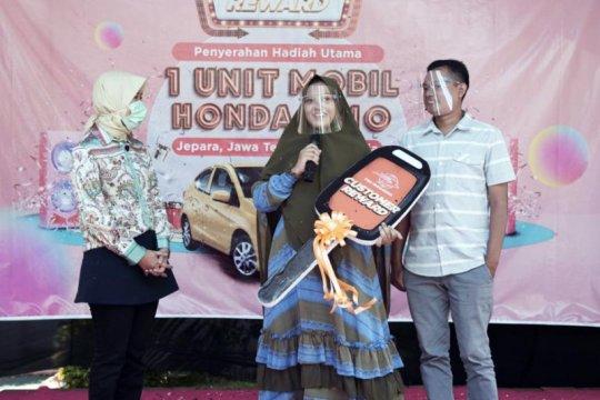 Pos Indonesia serahkan Grand Prize Program Customer Reward 2020-2021