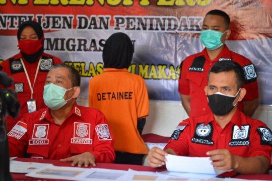 Imigrasi Sulawesi Selatan tahan WNA Filipina yang bekerja di SPBU Gowa
