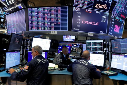 Wall Street bervariasi, Dow ditutup di rekor tertinggi