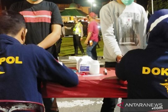 Operasi yustisi jaring ratusan warga di Kota Padang pelanggar prokes
