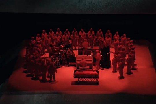 Kanye West dan Sunday Service Choir tampil memukau di peringatan DMX