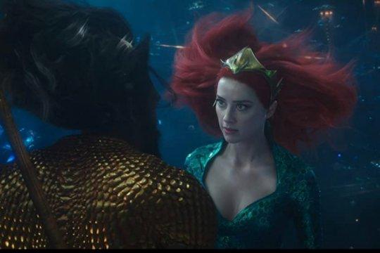 """Amber Heard mulai latih tubuhnya untuk """"Aquaman 2"""""""