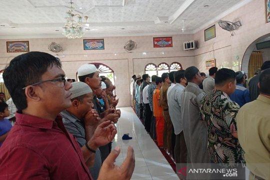 Warga Aceh Tamiang gelar Shalat Gaib untuk awak KRI Nanggala-402