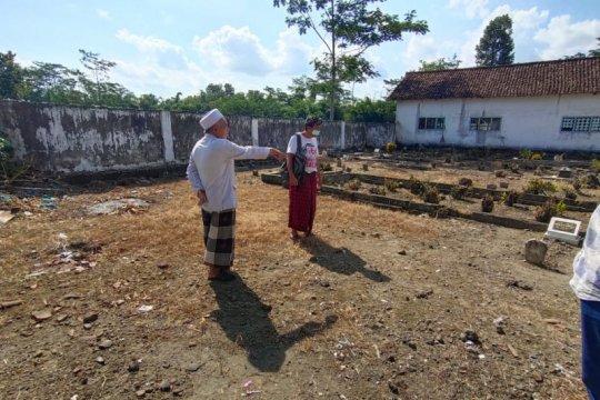 Ketua Lesbumi PBNU dimakamkan di Kediri