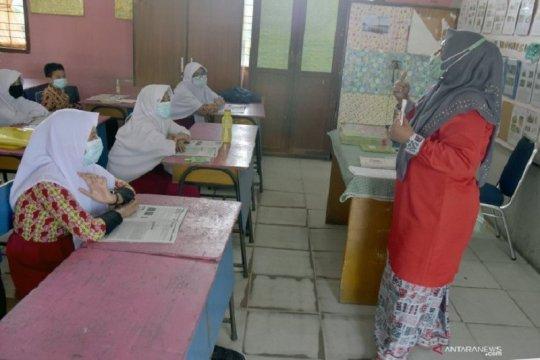 Pekanbaru hentikan belajar tatap muka di 28 kelurahan zona merah