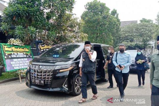 Gubernur Jabar beri Rp100 juta kepada keluarga Letkol Irfan Suri