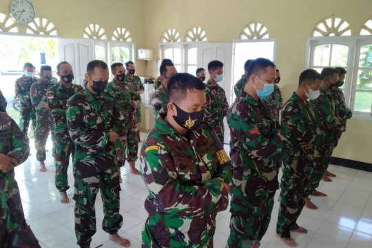 Lanud ASH Belitung gelar shalat ghaib untuk personel KRI Nanggala-402