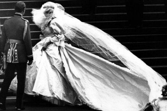 Gaun pernikahan Putri Diana akan dipamerkan di Istana Kensington